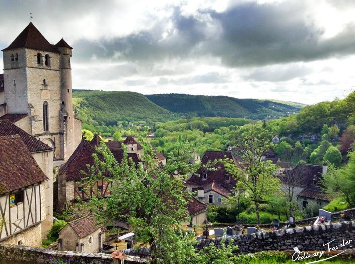 St Cirq Lapopie Beautiful Village