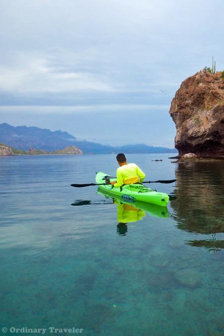 Traveler Gift Guide: Top Ten Gift Ideas for Adventurers
