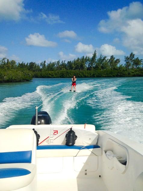 Waterskiiing Four Seasons Mauritius Resort