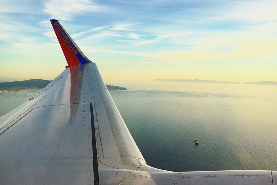 How to Keep in Touch While Traveling Abroad