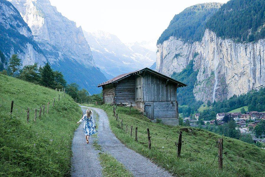 Women's Packing Guide For Switzerland