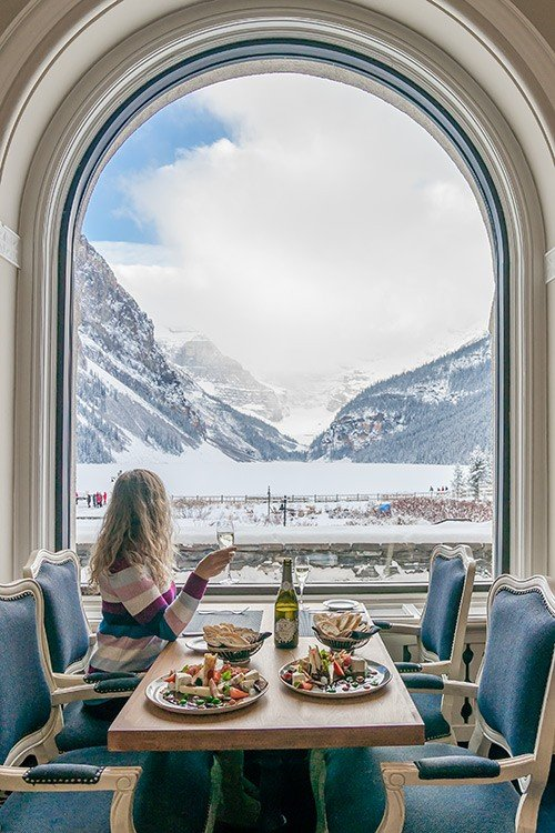 Lakeview Lounge Lake Louise Fairmont - Banff, Canada